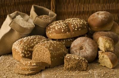 Пищевая клетчатка, или пищевые волокна – это съедобные, но неперевариваемые части растительных продуктов, к которым относятся фрукты, овощи, злаковые и бобовые.